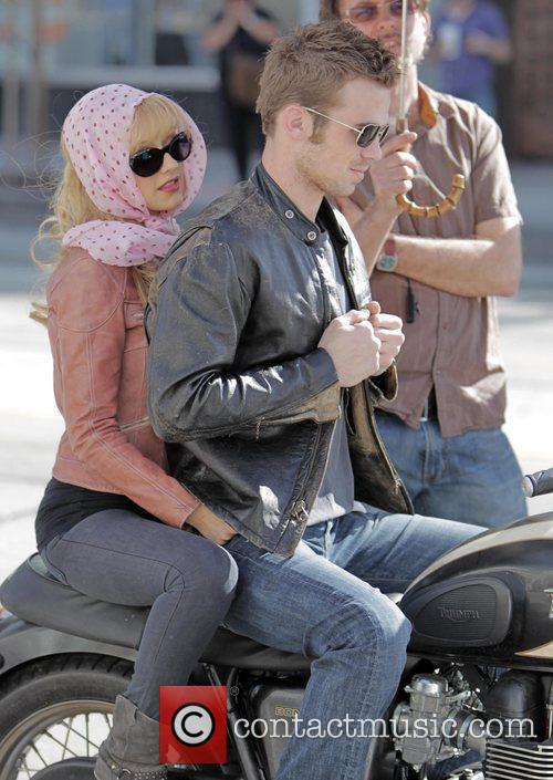 Christina Aguilera and Cam Gigandet 33