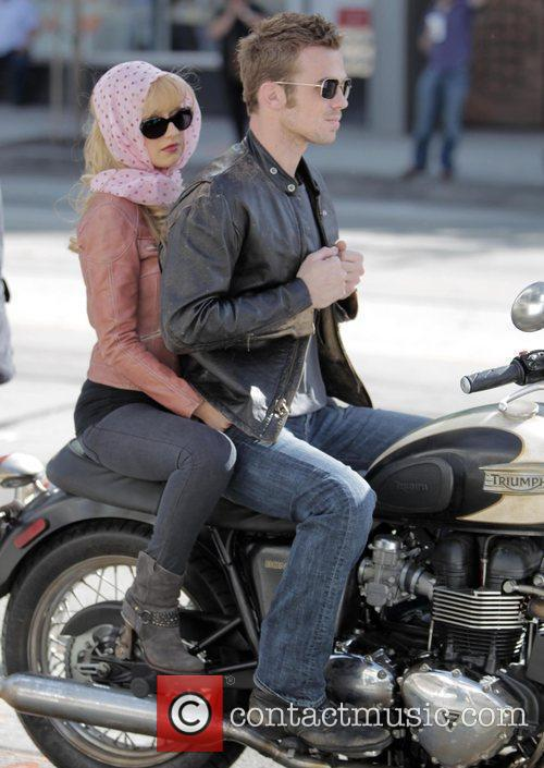 Christina Aguilera and Cam Gigandet 27