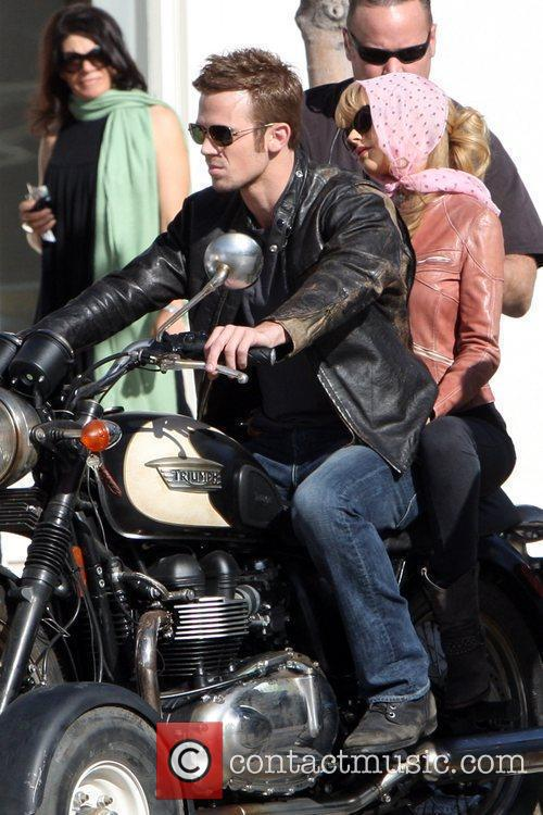 Christina Aguilera and Cam Gigandet 39