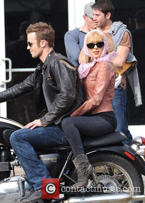 Christina Aguilera and Cam Gigandet 69
