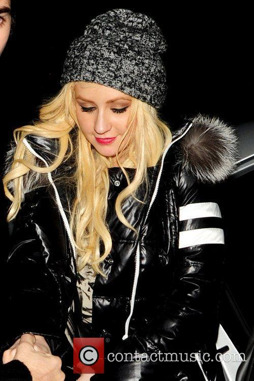 Christina Aguilera gets a helping hand from new...