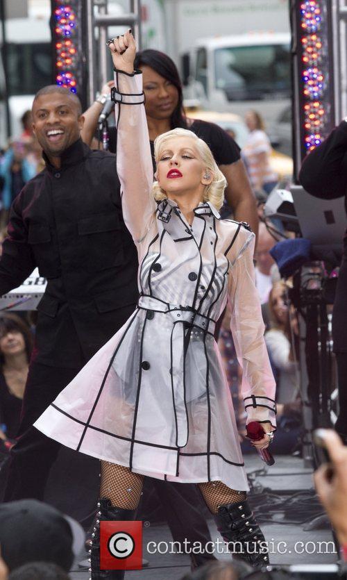 Christina Aguilera and Cbs 9