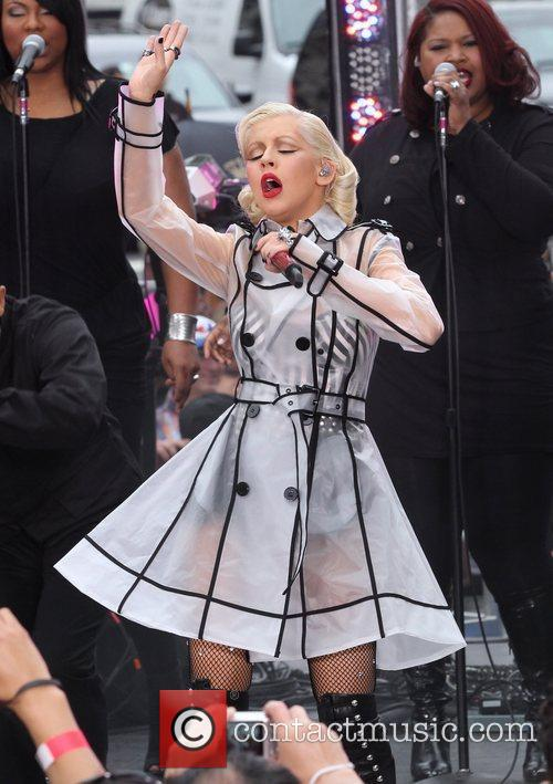 Christina Aguilera and CBS 15