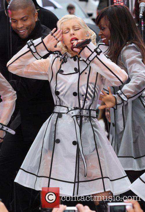 Christina Aguilera and Cbs 7