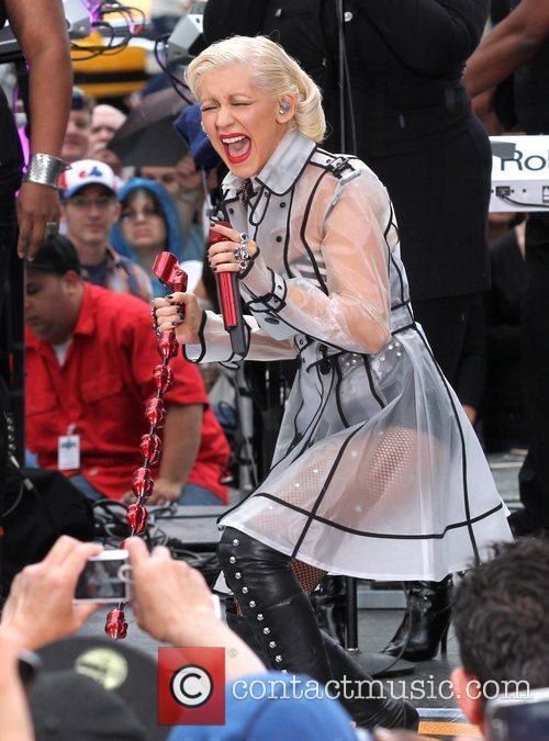 Christina Aguilera and Cbs 4