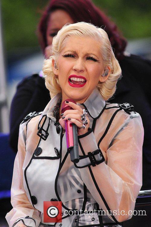 Christina Aguilera and CBS 19