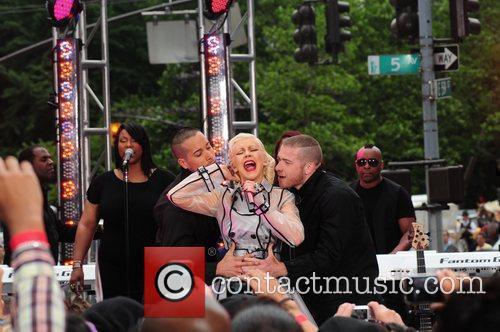 Christina Aguilera and CBS 17