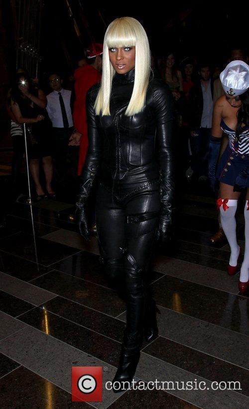 Ciara, Las Vegas and X-men 7
