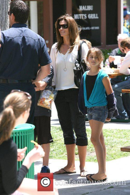 Cindy Crawford and her daughter Kaya Cindy Crawford...
