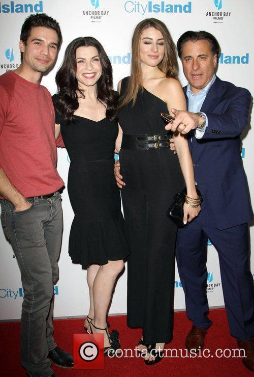Steven Strait, Andy Garcia and Julianna Margulies 1