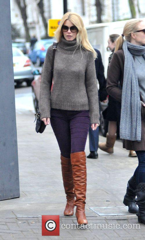 Claudia Schiffer goes to Portobello Market with a...