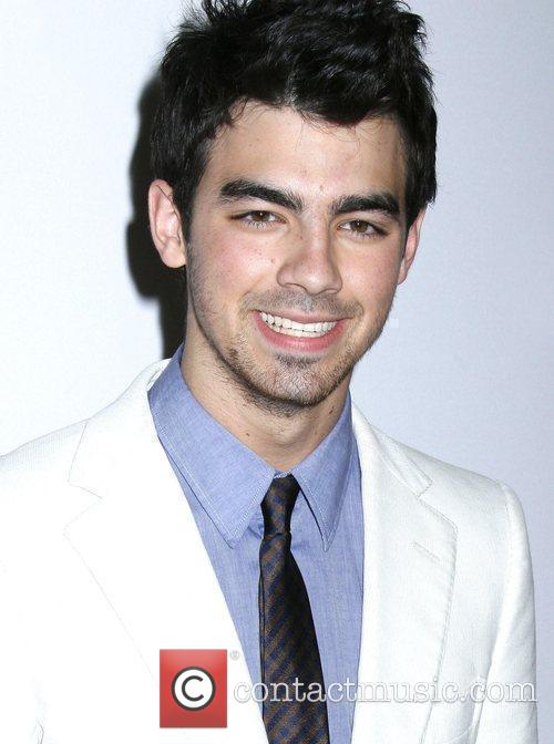 Joe Jonas and Clive Davis 2