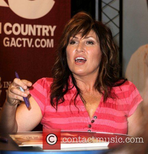 Jo Dee Messina 4