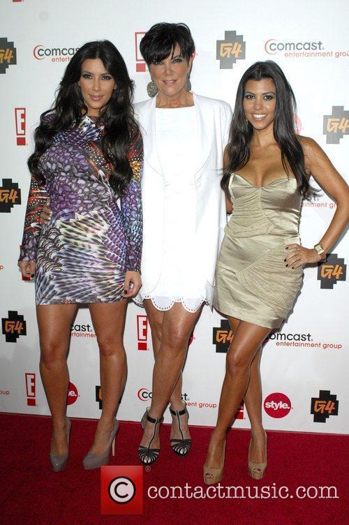 Kim Kardashian, Kris Jenner and Kourtney Kardashian 3