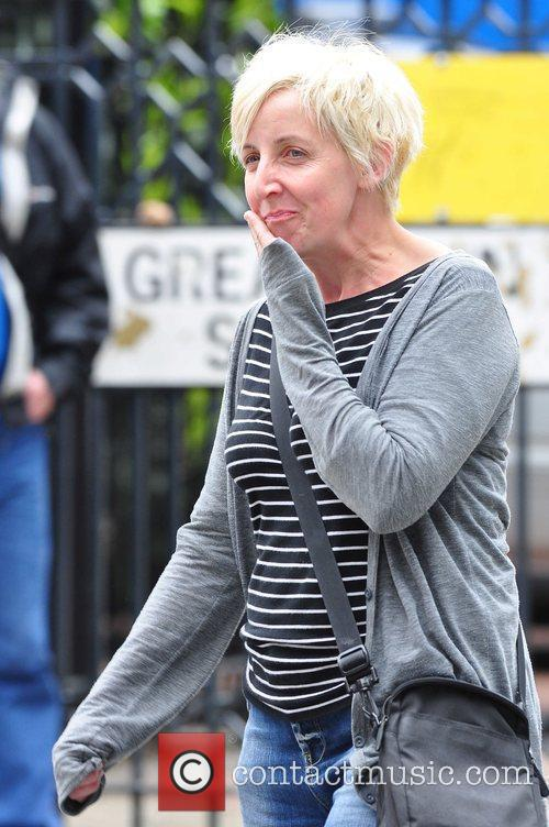 Arriving at Granada Studios to film 'Coronation Street'