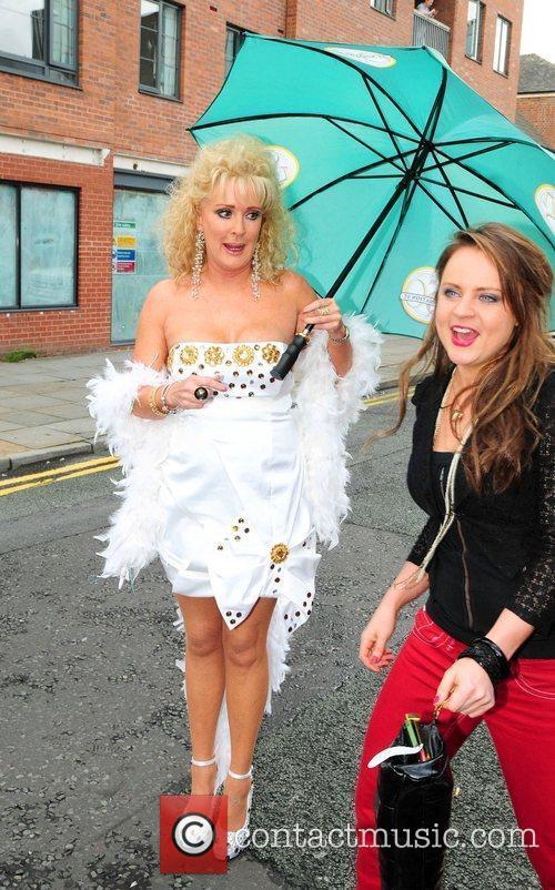 Beverley Callard And Vicky Binns, Vicky Binns and Coronation Street 4