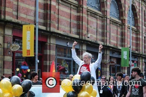 Sir Ian Mckellan, Ian Mckellen and Sacha Parkinson 1