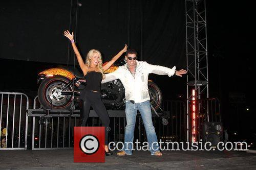 Gretchen Rossi, Jack Armstrong Harley Davidson showcase: Unveiling...