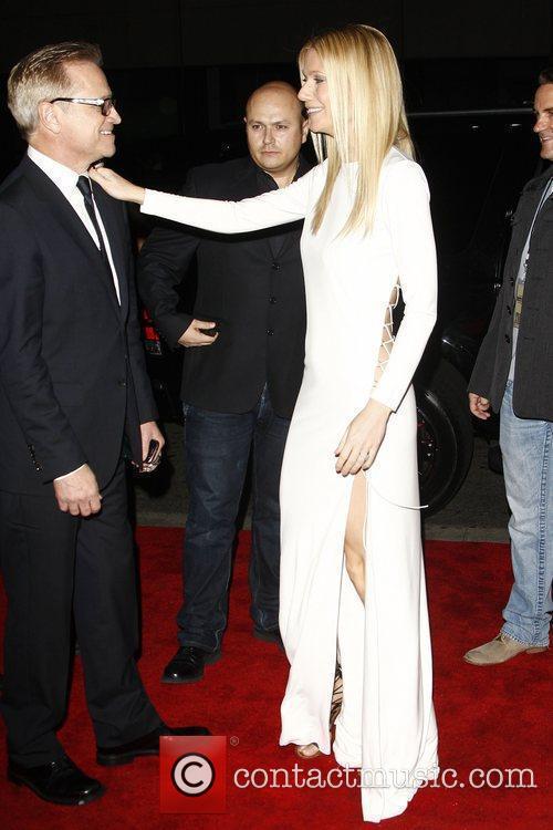 Gwyneth Paltrow and Mann 4