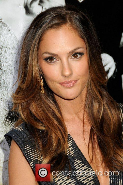 Minka Kelly and Mann 7
