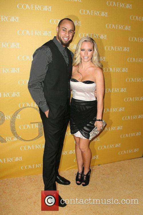 Hank Baskett and Kendra Wilkinson 4