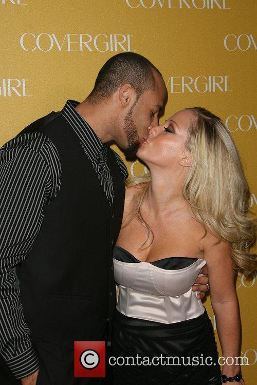 Hank Baskett and Kendra Wilkinson 3