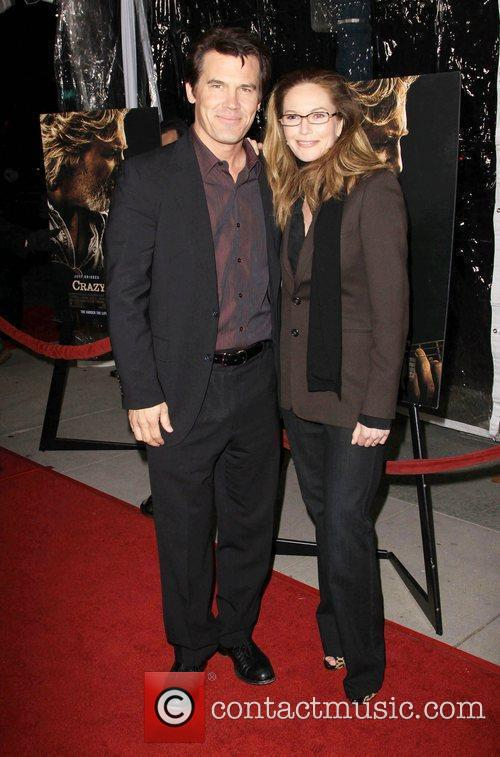 Josh Brolin and Diane Lane 3