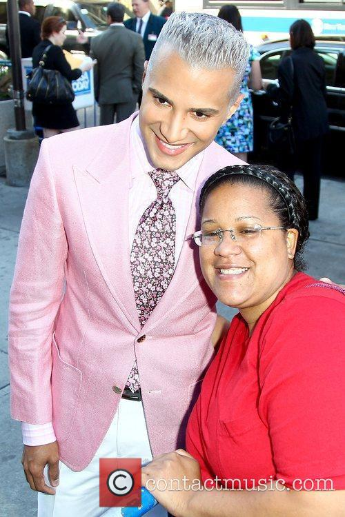 Jay Manuel poses with a fan 2010 The...