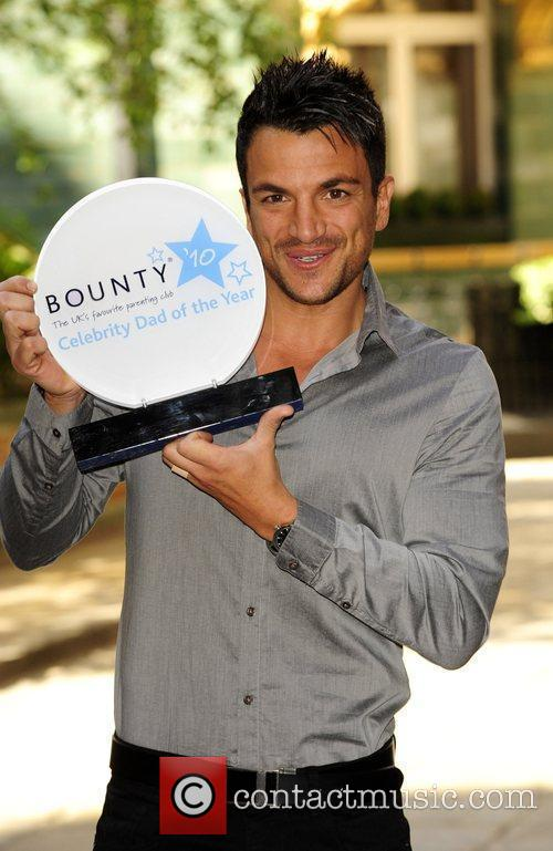 Peter Andre is crowned Bounty celebrity Dad of...