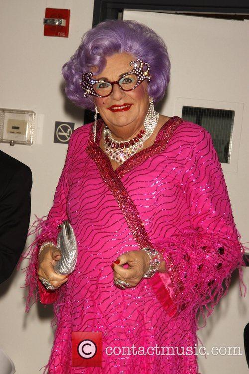Dame Edna Everage 10