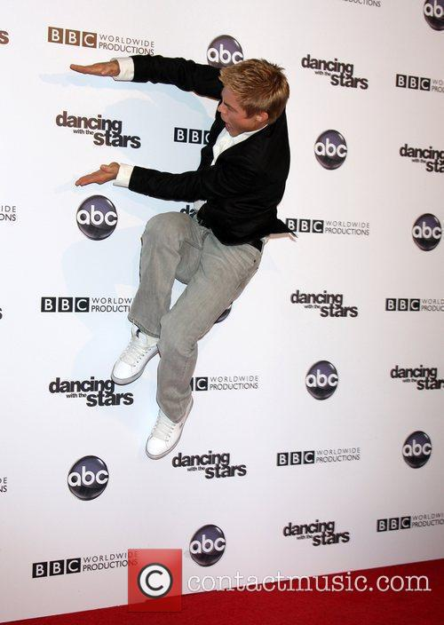 Derek Hough and Dancing With The Stars 4