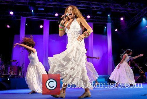 Daniela Mercury 3