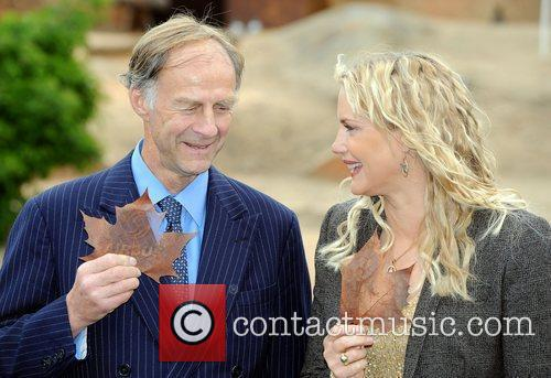 Daryl Hannah and Sir Ranulph Fiennes 5
