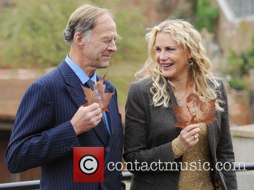 Daryl Hannah and Sir Ranulph Fiennes 7