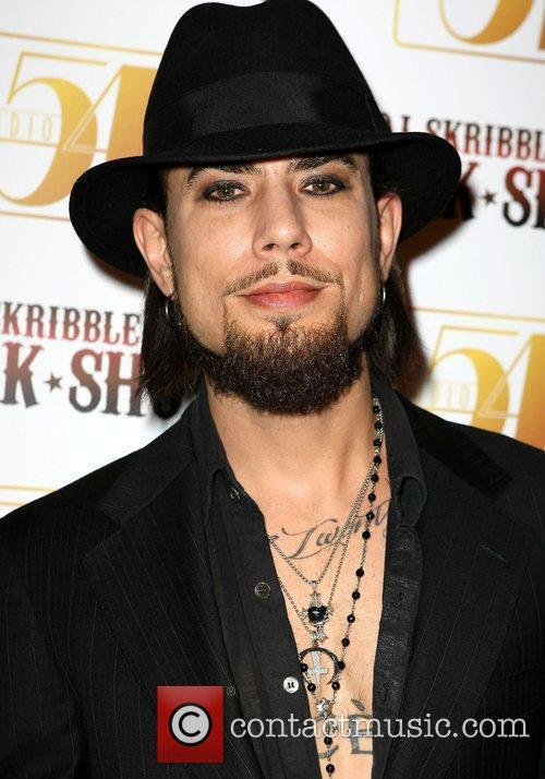 Rock legend Dave Navarro joins DJ Skribble at...