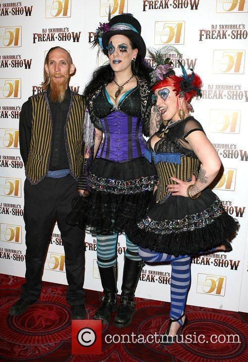 Freak Show Cast Rock legend Dave Navarro joins...