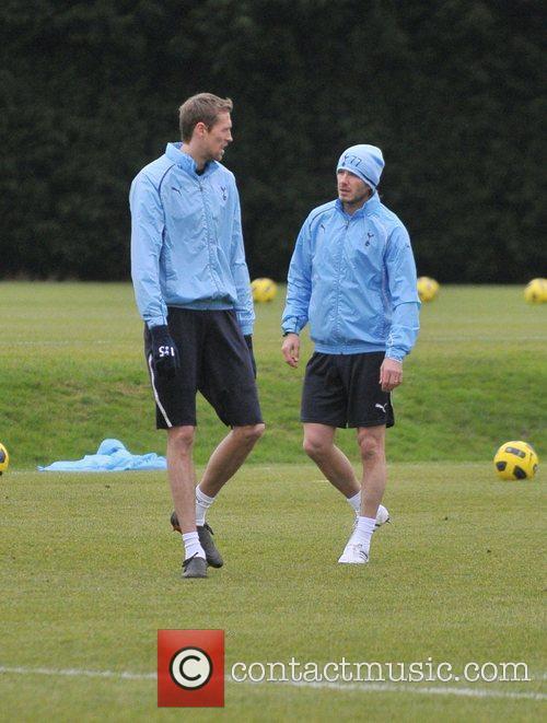 David Beckham and Peter Crouch 1