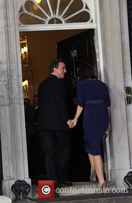 David Cameron and Queen Elizabeth Ii 2