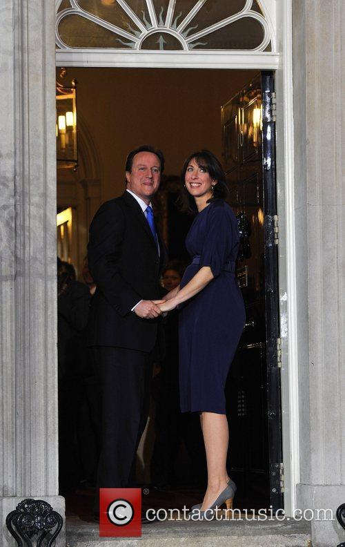David Cameron and Queen Elizabeth Ii 4