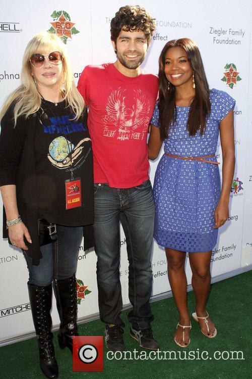 Adrian Grenier, Gabrielle Union and Uniting Nations 3
