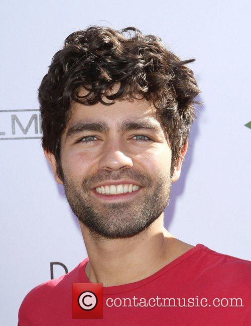 Adrian Grenier and Uniting Nations 1