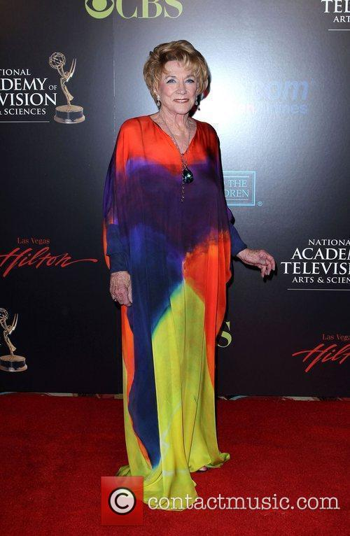 Jeanne Cooper and Las Vegas 5