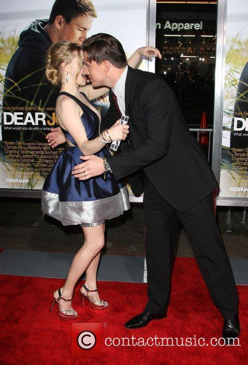 Amanda Seyfried and Channing Tatum 6