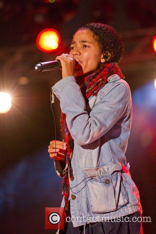 Nneka 10