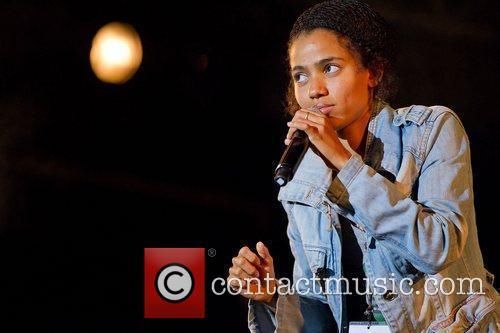 Nneka 8