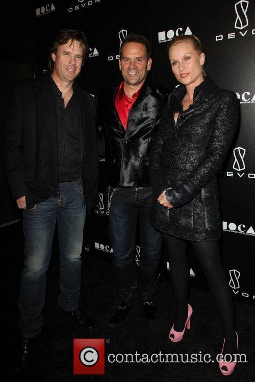 Steven Pate, Scott Devon, Nicollette Sheridan  Jessica...