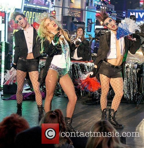 Ke$ha, Kesha, Dick Clark and Ryan Seacrest 9