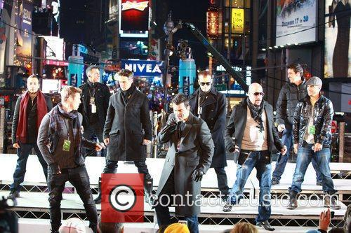 New Kids On The Block, Backstreet Boys, Dick Clark and Ryan Seacrest 5