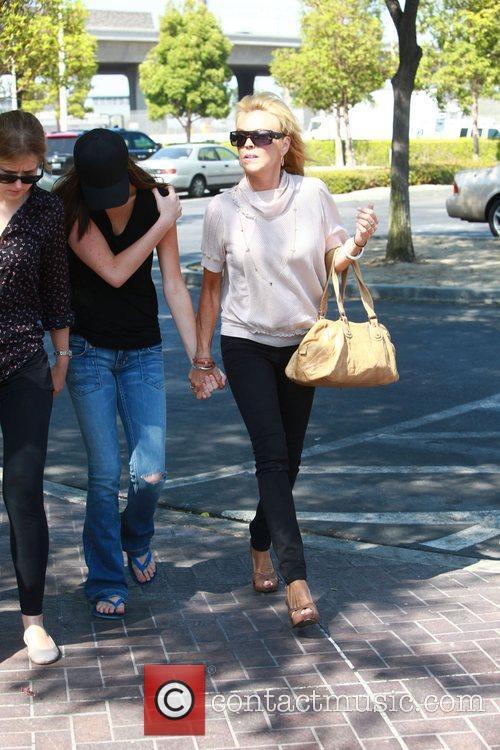 Dina, Ali Lohan and Lindsay Lohan 3