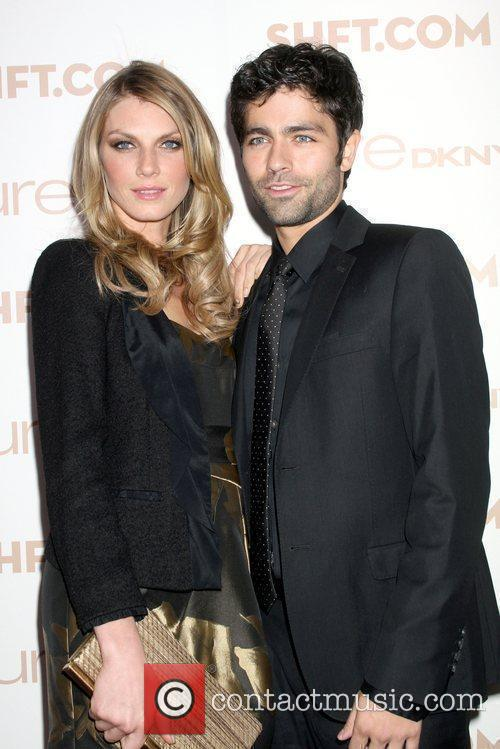 Angela Lindvall and Adrian Grenier 7